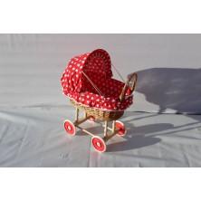 Wózek wiklinowy dla lalek 01