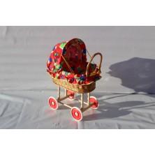 Wózek wiklinowy dla lalek 05