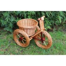 Rowerek wiklinowy korowany do ogrodu